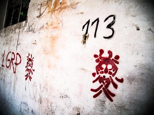 Den Teufel an die Wand malen