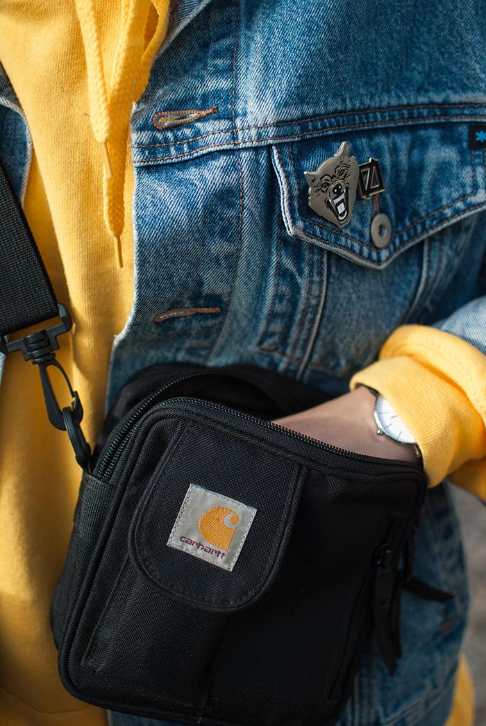yellow-hoodie_zwillingsnaht_01