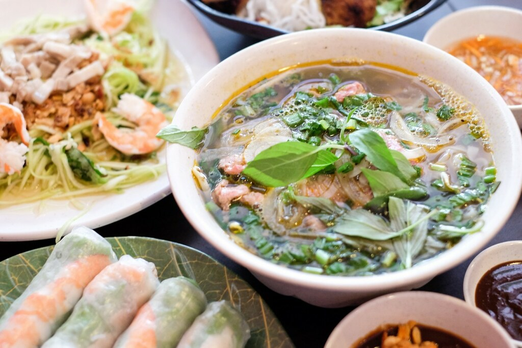 Vietnamese Food: Long Phung