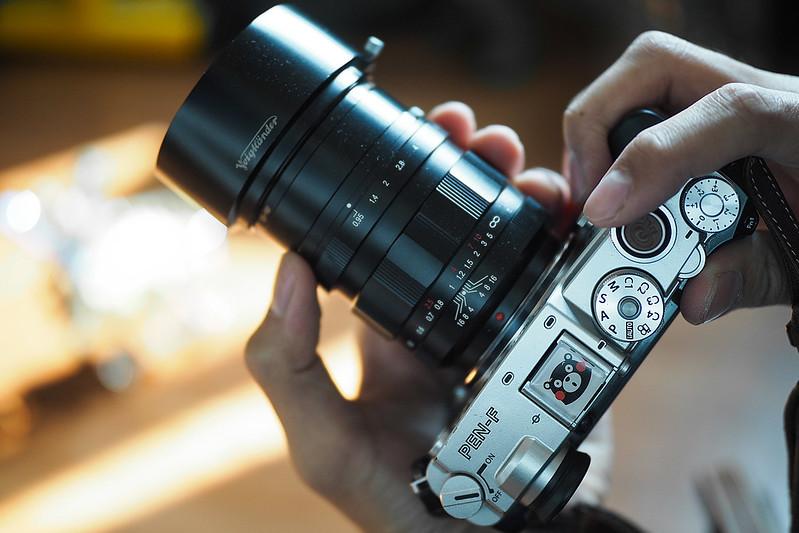 Voigtlander 42.5mm f/0.95|Oylmpus PEN-F
