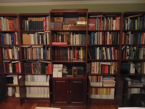 Ron Thompson library