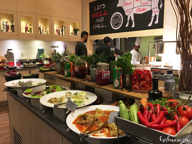 Grill Night at Fountain Restaurant, Movenpick Hotel & Apartments Bur Dubai