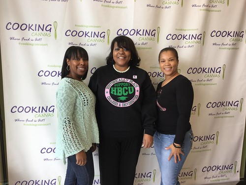 2017 Cultured Pearls Cooking Canvas