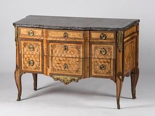 adjug 18 000 euros par era ench res villefranche sur sa flickr. Black Bedroom Furniture Sets. Home Design Ideas