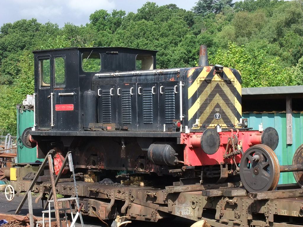 ... Drewry 2591 Southerham Spa Valley Railway Diesel Gala Tunbridge Wells  West 3rd August 2013 | by