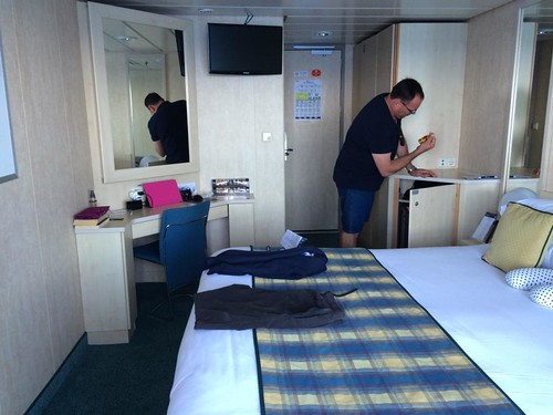 cruise tips and tricks in the cabin