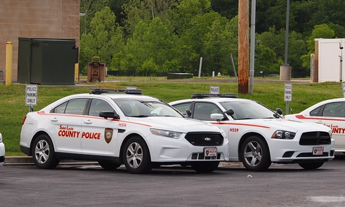 St Louis County Ford Taurus And Dodge Charger Police Cars
