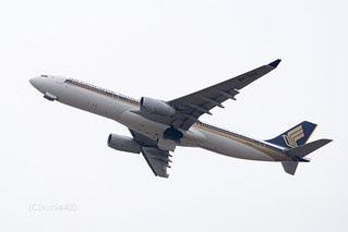 Singapore Airlines 9V-SSA | by kuni4400