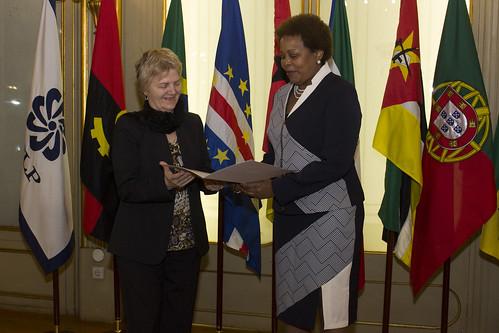 Secretária Executiva recebe cartas credenciais da Embaixadora do Uruguai em Portugal