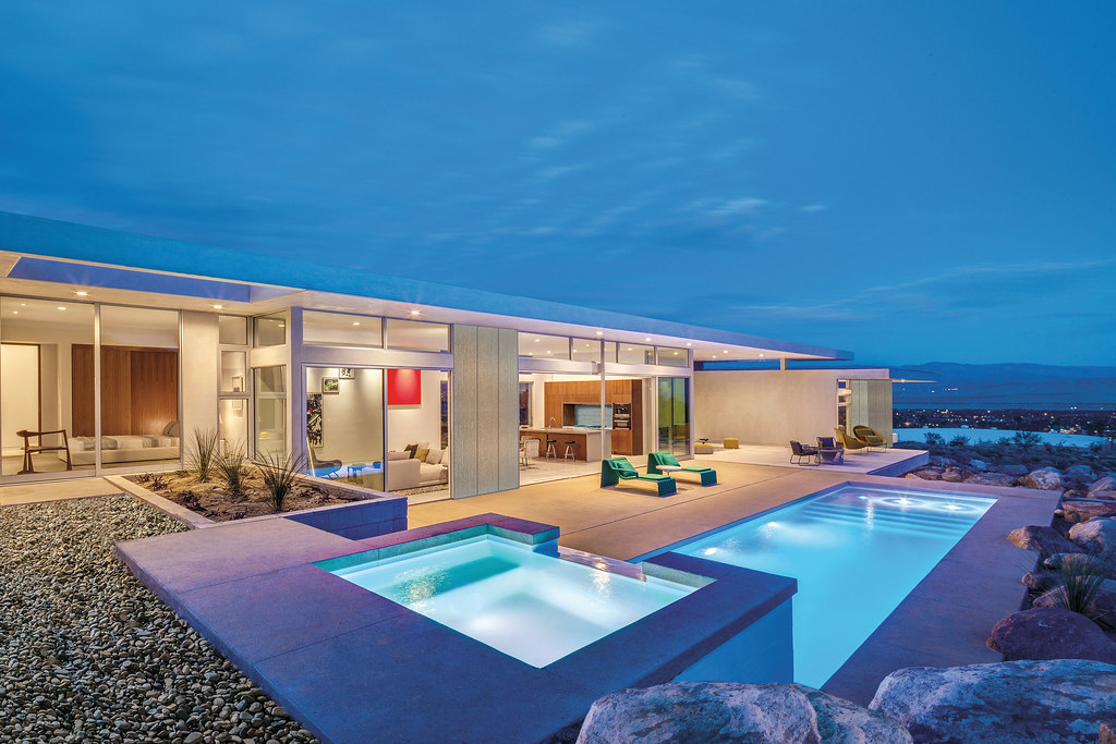 Modern desert villa by o2 Architecture and Al Beadle complete in Palm Springs Sundeno_05
