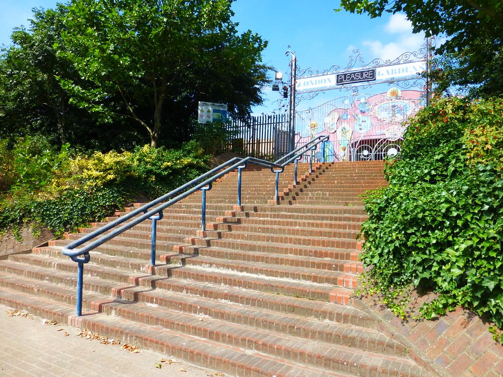 Merveilleux ... Entrance To London Pleasure Gardens On Millenium Mills Site, Silvertown    By Alex 397