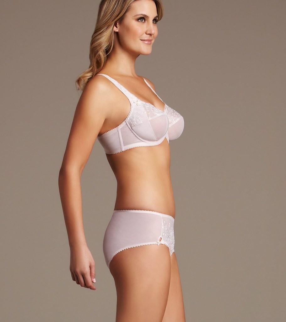 loveofbras fayreform australia mature breast support virtu…   flickr