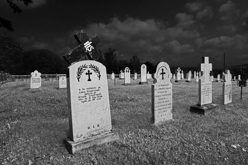 graveyard at night rennett stowe flickr