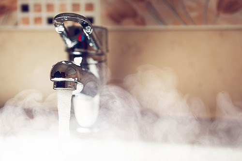 pros-and-cons-of-hot-water