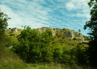 20150906-09_Limestone Cliffs Above Lathkill Dale