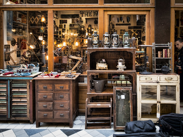 Paris antique shop