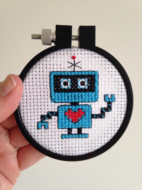 Tiny robot, done as a break from the never-ending Morris project.