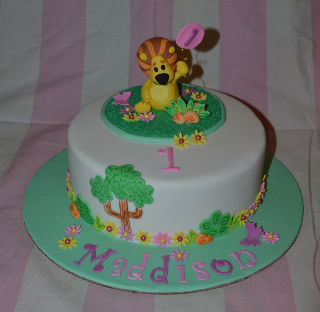 Raa Raa The Noisy Lion 8 Inch Chocolate Buttercake With Ch Flickr