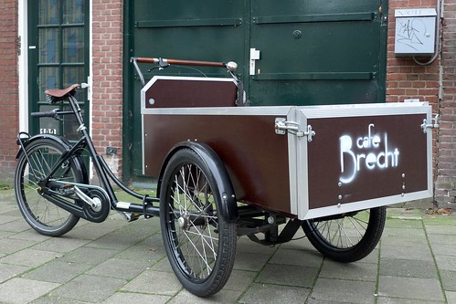 Cafe Brecht Workcycles Bakfiets 1 | by Henry @ WorkCycles