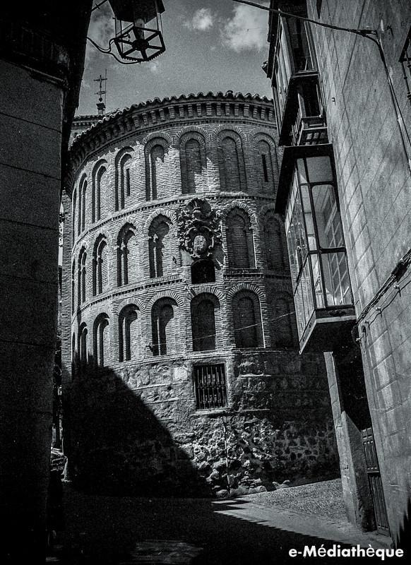 Ábside de la Iglesia de San Vicente en Toledo en agosto de 1965. Fotografía de Jacques Revault © e-Médiathèque | Médiathèque SHS de la Maison méditerranéenne des sciences de l'homme
