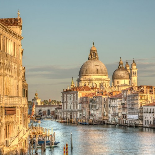 Venice-WEB-GettyImages-476484150-600x600