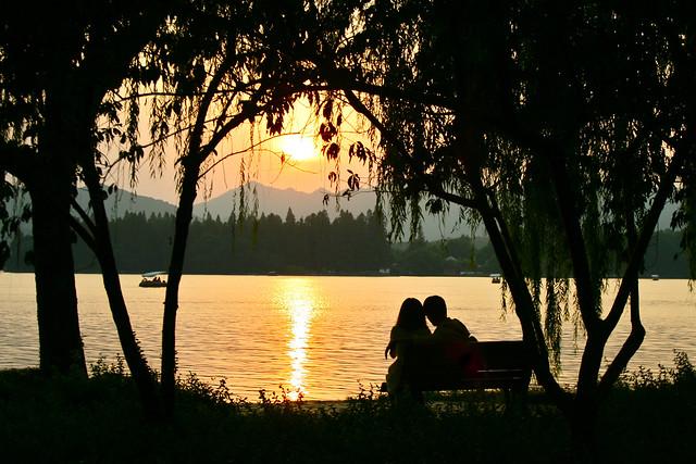 François Philipp: Romantic Sunset, West Lake 西湖, Hangzhou 杭州