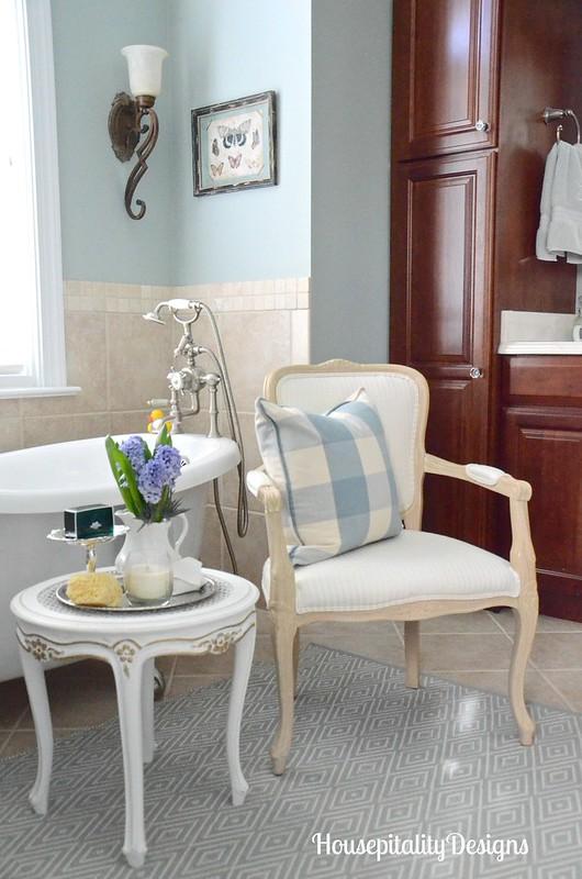 Master Bathroom-Housepitality Designs