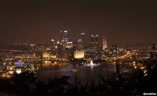pittsburgh golden triangle from west end overlook | by Eva Blue