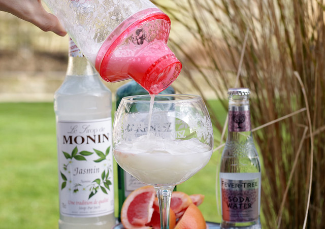Jasmine Fizz Cocktail Shaker
