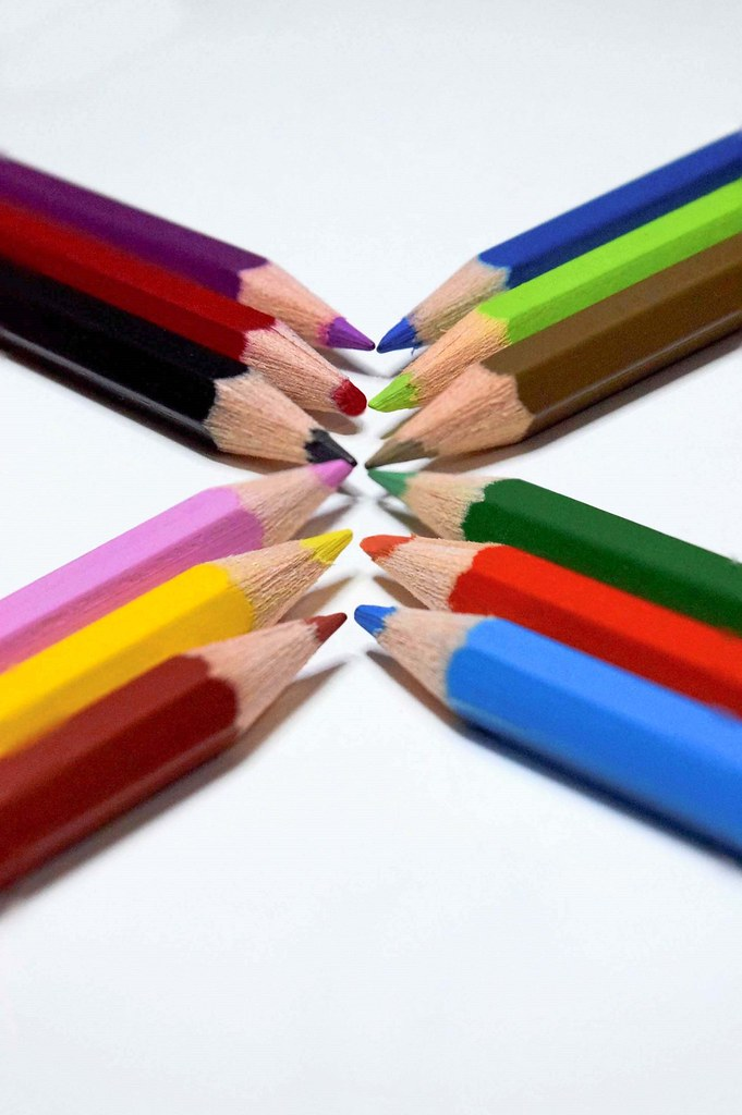 colored pencils (16)