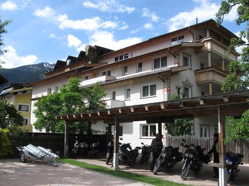 Www Hotel Enzian It In Uttenheim