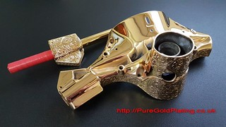 Headset and Grip in Gold Plate | by PureGoldPlating