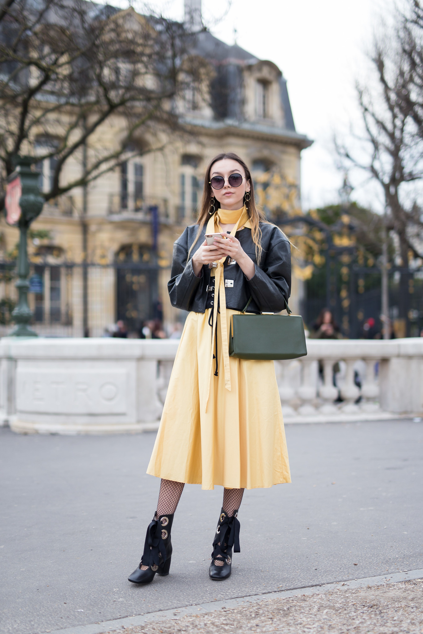 Street Style - Beatrice Gutu, Paris Fashion Week