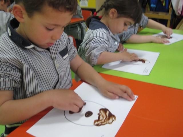 P4A Pintem amb xocolata!