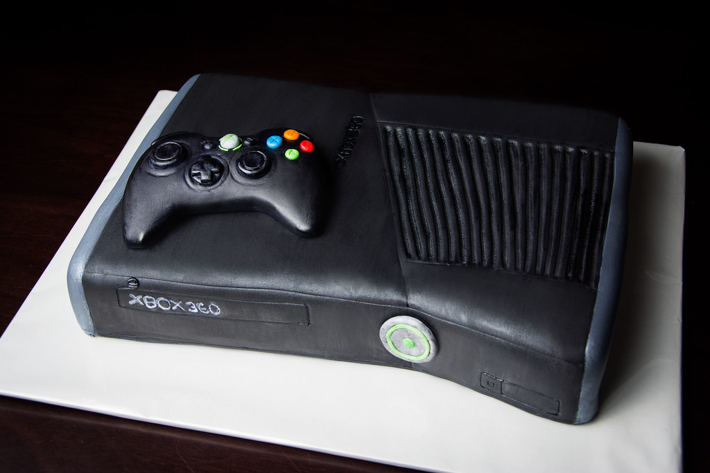 XBOX 360 Cake Kayley Mackay Flickr