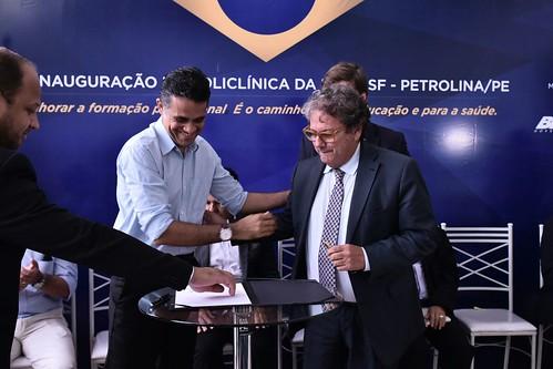 17-03-2017 - Ministro Mendonça Filho inaugura Policlínica-Escola do HU e libera R$ 1.3 milhão para aquisição de equipamentos