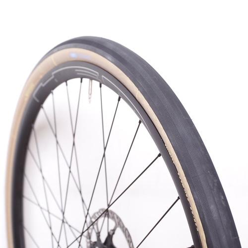 COMPASS CYCLES / Loup Loup Pass / 650b x 38  / Extralight