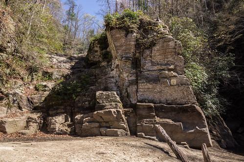 Climbable rocks