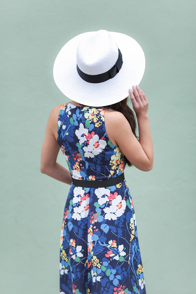 sun dress white bow straw hat spring style