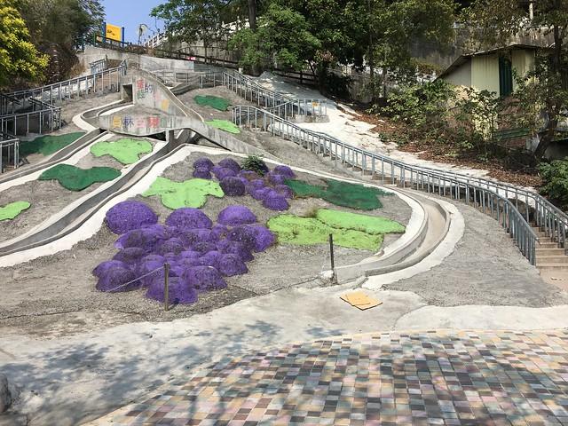 百果山超長溜滑梯