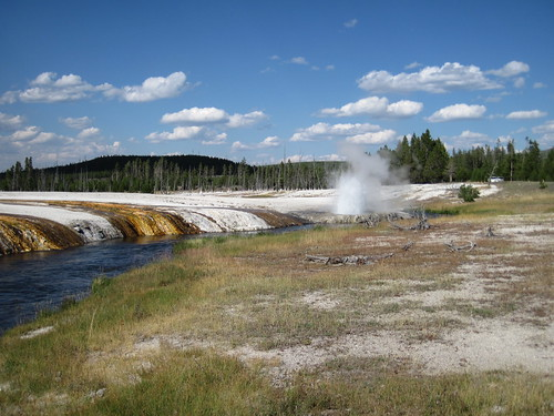 Cliff Geyser erupting (30 August 2011) 62 | by James St. John