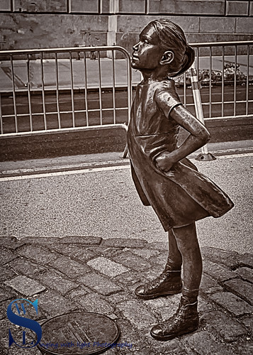 Wall Street Fearless Girl