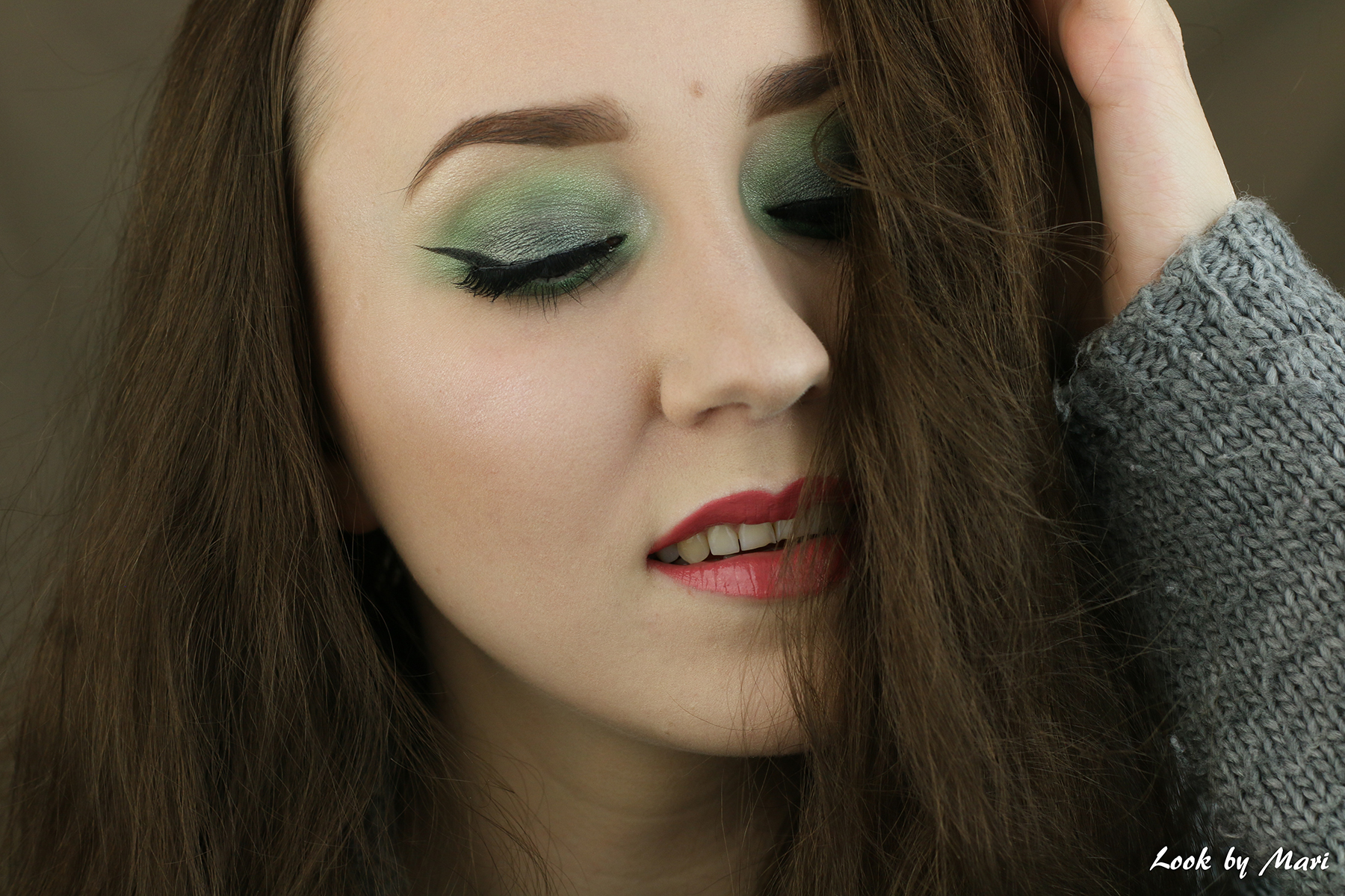 2 green smoky eyes eye tutorial ideas inspo