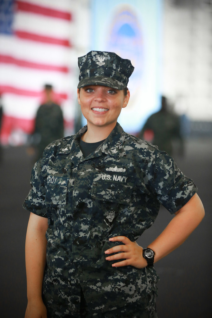 petty officer 2nd class shelbey croy a quartermaster from pocola okla and 2010