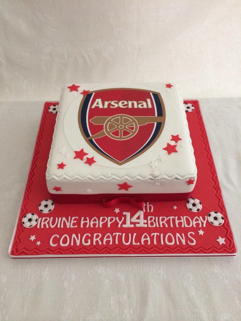An Arsenal themed birthday cake Green Bonnett Cake Company Flickr