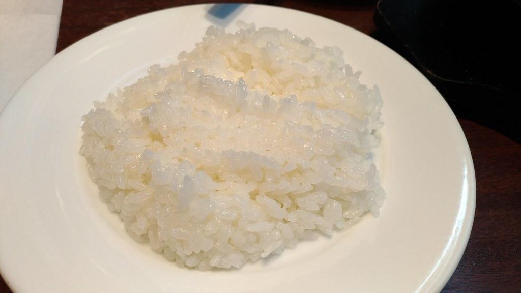 「いきなり!ステーキ」三田店のライス