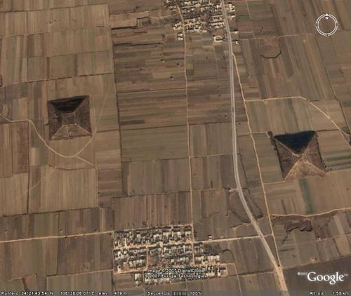 Pyramid-China-1-4