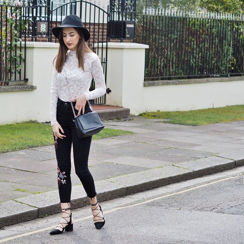 EMBROIDERED JEANS OOTD