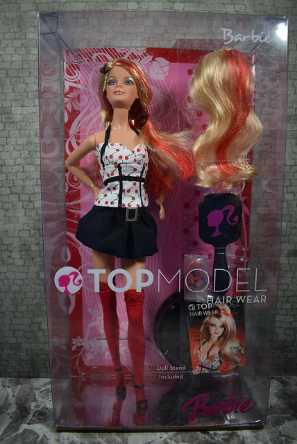 2007 Barbie Top Model Hair Wear Barbie M5794 (2)