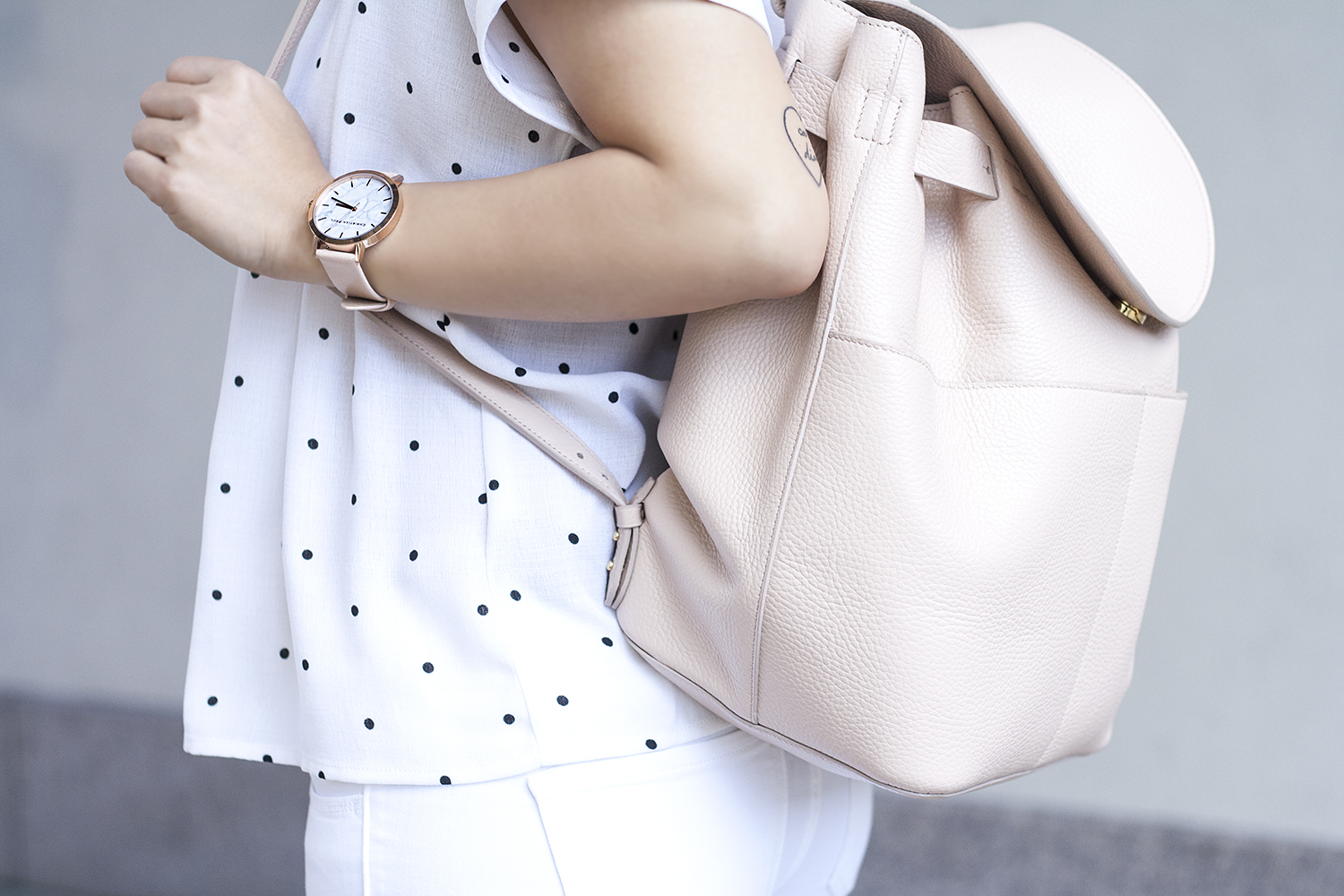 03cuyana-backpack-blush-white-sf-fashion-style